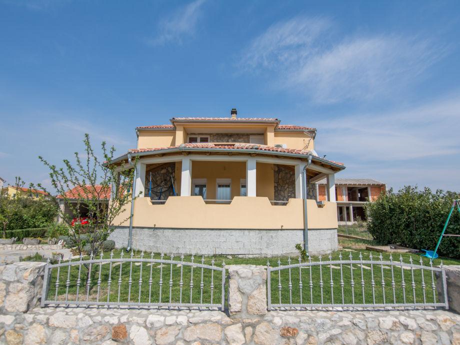 Ferienwohnungen in Kakma im schönen Familienhaus