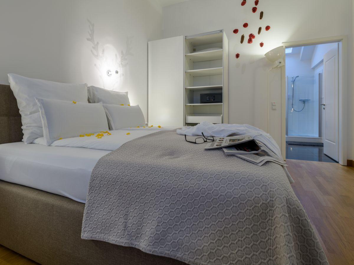 Ferienwohnung schwarzwald loft baden baden schwarzwald - Schlafzimmer verdunkeln ...