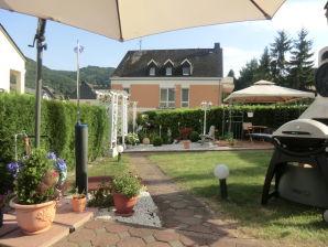 Ferienwohnung Moseltraum mit Burgblick