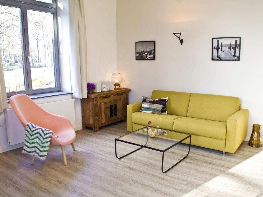 ferienwohnung villa am schwanenteich whg 0 4 ostsee fehmarn frau rita thelosen. Black Bedroom Furniture Sets. Home Design Ideas