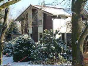 Ferienhaus im Park in Berlin-Pankow