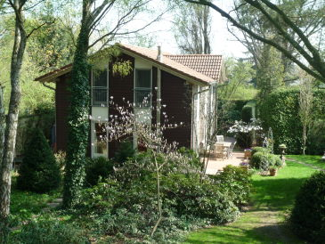 Holiday house in the Park in Berlin-Pankow