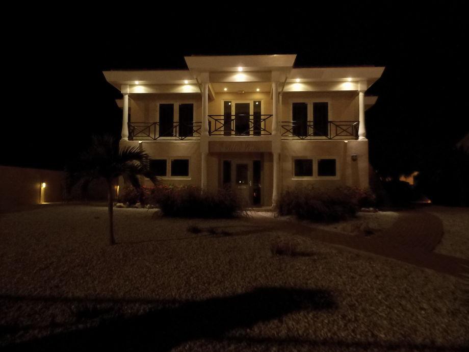 Villa Vista bei Nacht