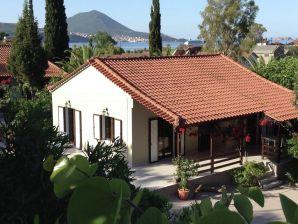 Bungalow Villa Suze