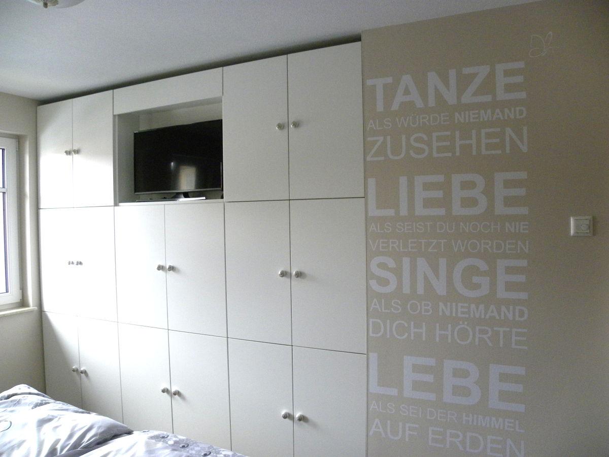 Ferienwohnung smile zingst firma iss immobilien service spieckermann e k frau ursula - Einbauschrank wohnzimmer ...