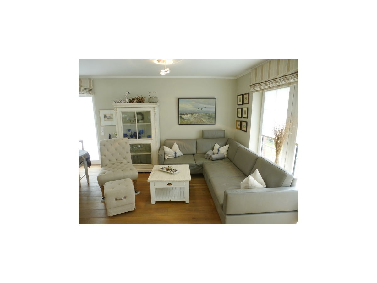 ferienhaus fischerweg 31d sylt firma immobilien und. Black Bedroom Furniture Sets. Home Design Ideas