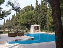 Villa Villa Myrna