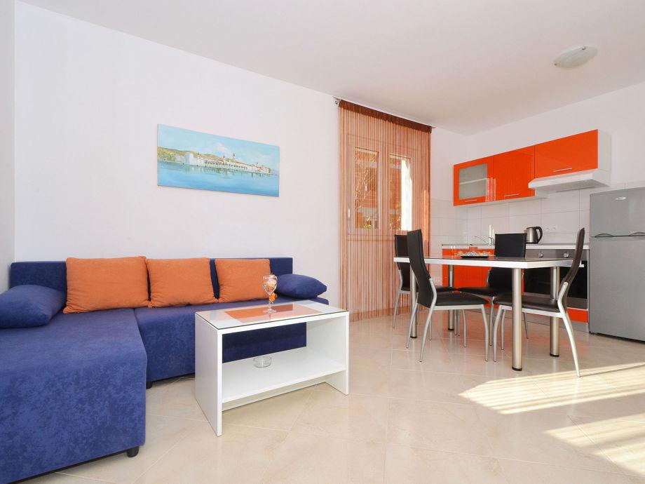 ferienwohnung simba 2 okrug gornji trogir firma online croatia d o o frau maja cupic soletic. Black Bedroom Furniture Sets. Home Design Ideas