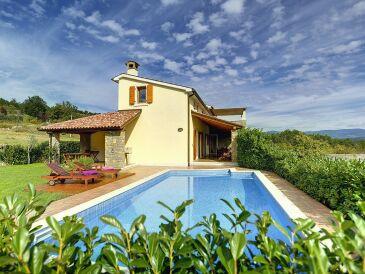 Villa 317