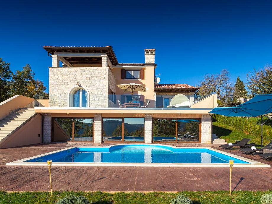 Außenaufnahme Villa Brazzana
