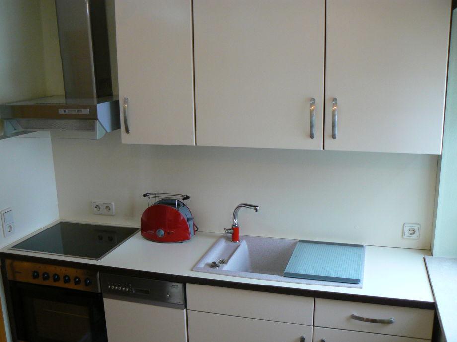 Ferienwohnung heydeck 2 sachsen vogtland schoneck for Küchenzeile mit elektroger ten und geschirrspüler