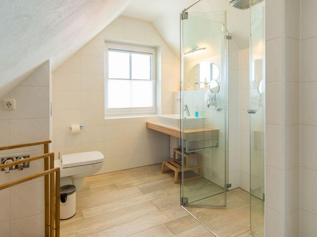 ferienwohnung steuerbord fischland darss zingst firma ostseeurlaub mit flair firma sandra. Black Bedroom Furniture Sets. Home Design Ideas