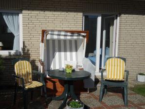STRANDGUT 2 Ferienwohnung 2 im Lornsenhof
