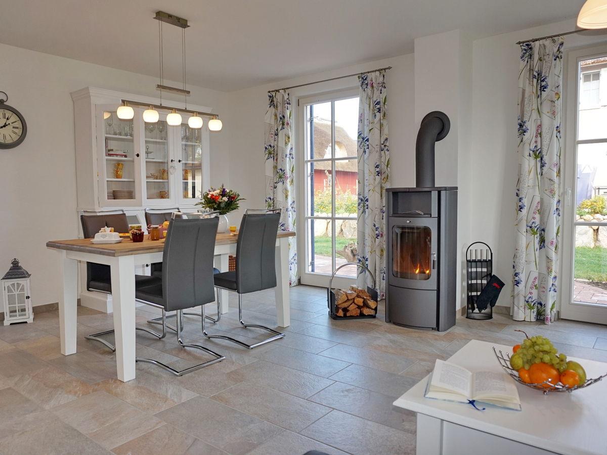 ferienhaus h s kiek inn zierow firma lawieka frau gina sellmann. Black Bedroom Furniture Sets. Home Design Ideas