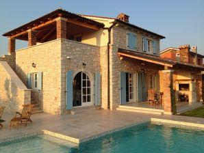 Villa Rajski Dvori