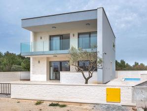 Villa Amand