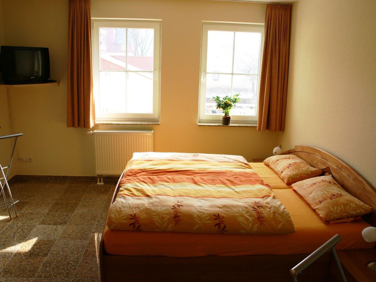 Wohnzimmer mit integrierter küche – dumss.com