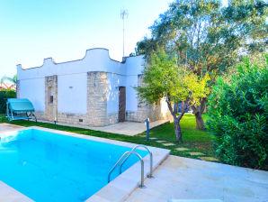 Ferienhaus Nadia mit Pool