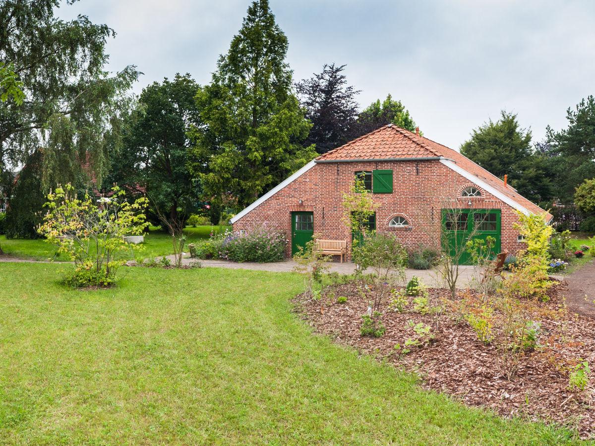 Ferienwohnung Fehnhaus Holthusen 1, Weener, Frau Annegret Dodenhof