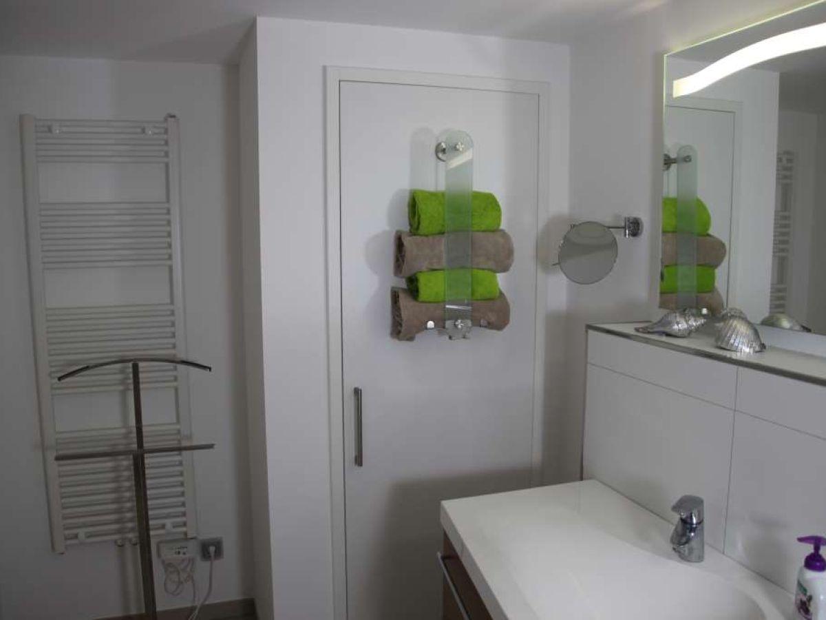 ferienhaus kleines waldh uschen effelder frau nicole bose. Black Bedroom Furniture Sets. Home Design Ideas