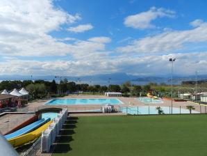 "Cottage Apartment Rosa Baccarat 5 - Rustico Park delle Rose Lake Garda"""