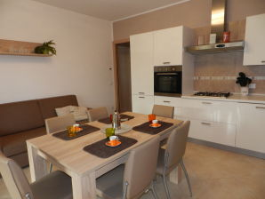 Holiday apartment Lelegance Am Gardasee