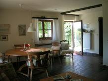 Ferienwohnung Bergherberg-West mit Terrasse