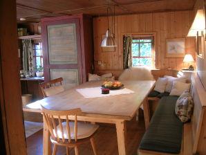 Ferienwohnung Bergherberg-Ost mit Balkon