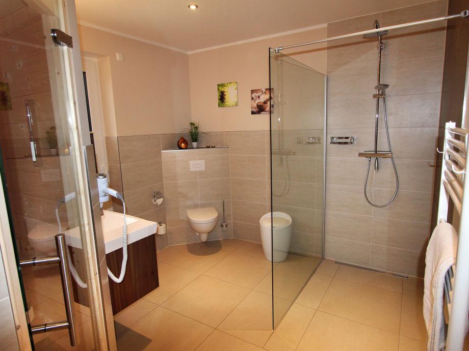 villa mon bijou luxus eg ferienwohnung mecklenburgische seenplatte fleesensee firma gsa mbh. Black Bedroom Furniture Sets. Home Design Ideas