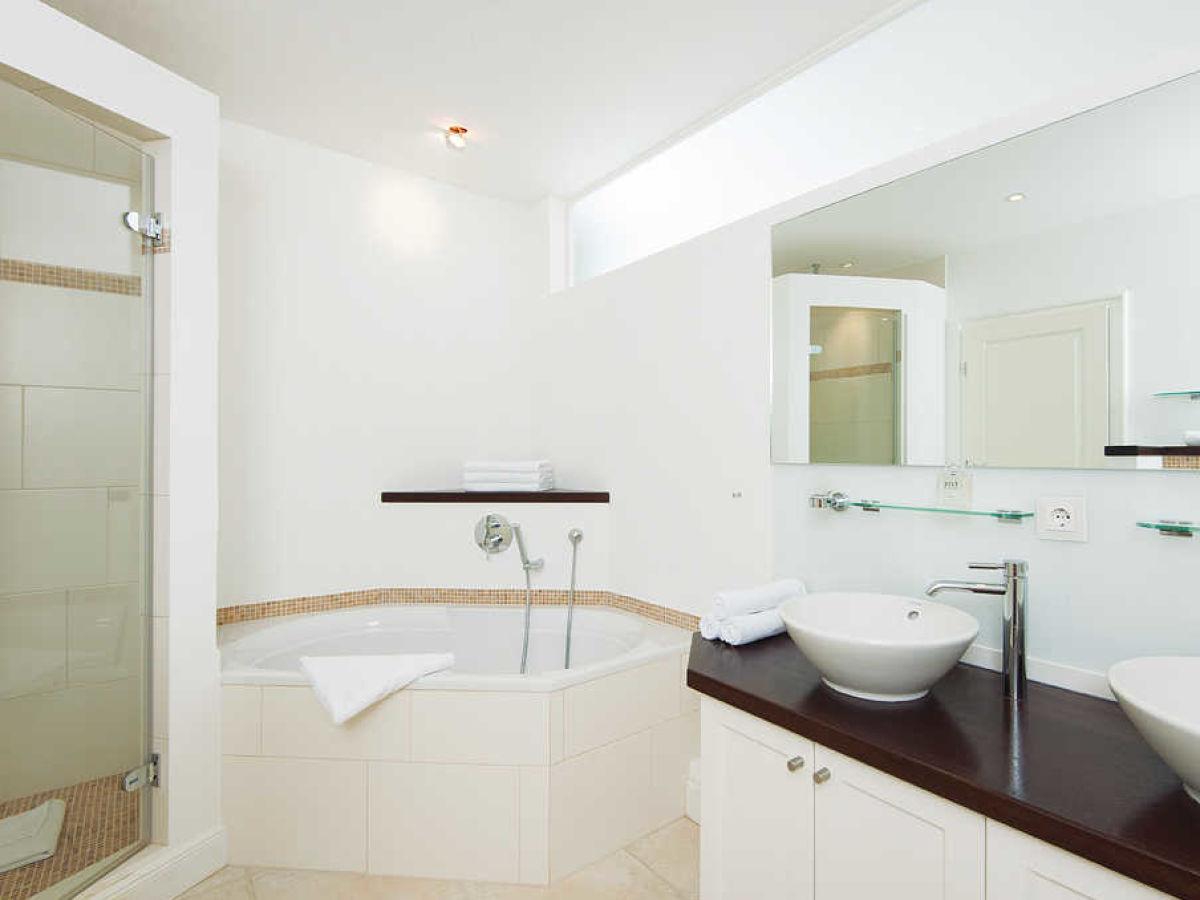 ferienwohnung alte post 1 sylt firma appartements. Black Bedroom Furniture Sets. Home Design Ideas
