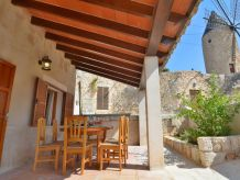 Sineu Mallorcan Renovated Holiday House