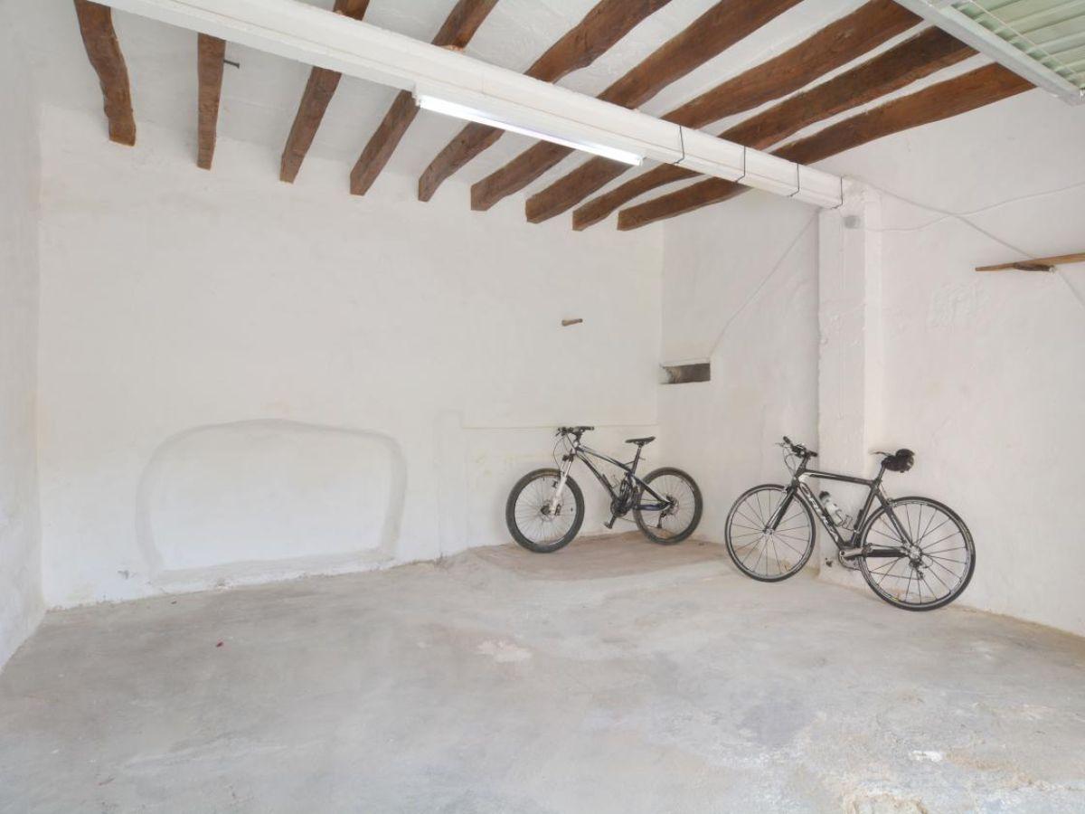 ferienhaus 34 mallorca stadthaus mit terrasse lloret de vistalegre firma spain rentals. Black Bedroom Furniture Sets. Home Design Ideas