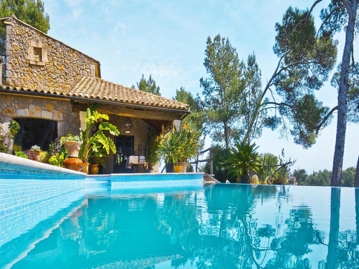 Finca ermitas inca mallorca mitte firma porta holiday for Finca mit pool