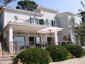 Villa Agaro