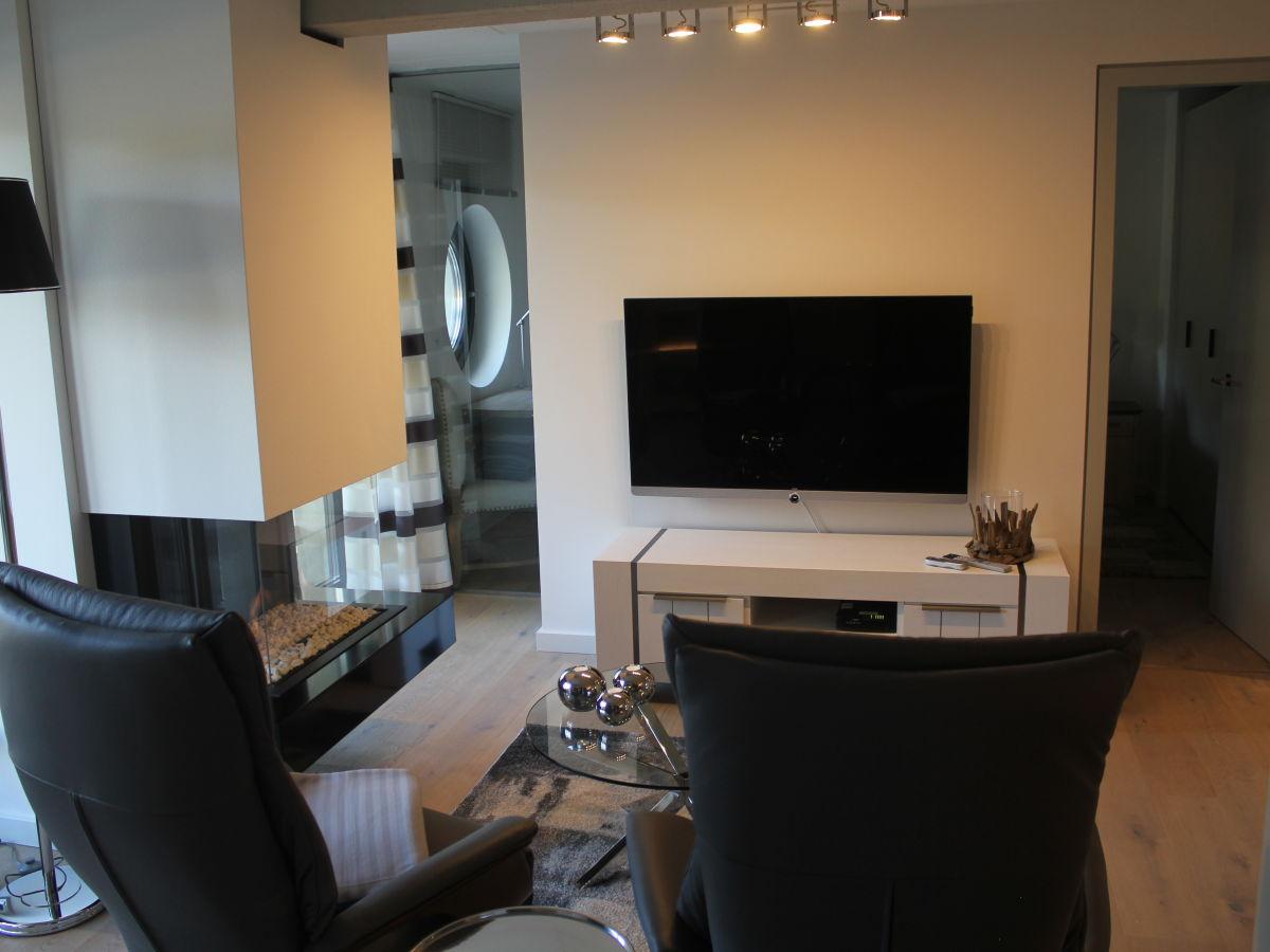 apartment in d ne 7 auf wolke 7 r gen frau corinna. Black Bedroom Furniture Sets. Home Design Ideas