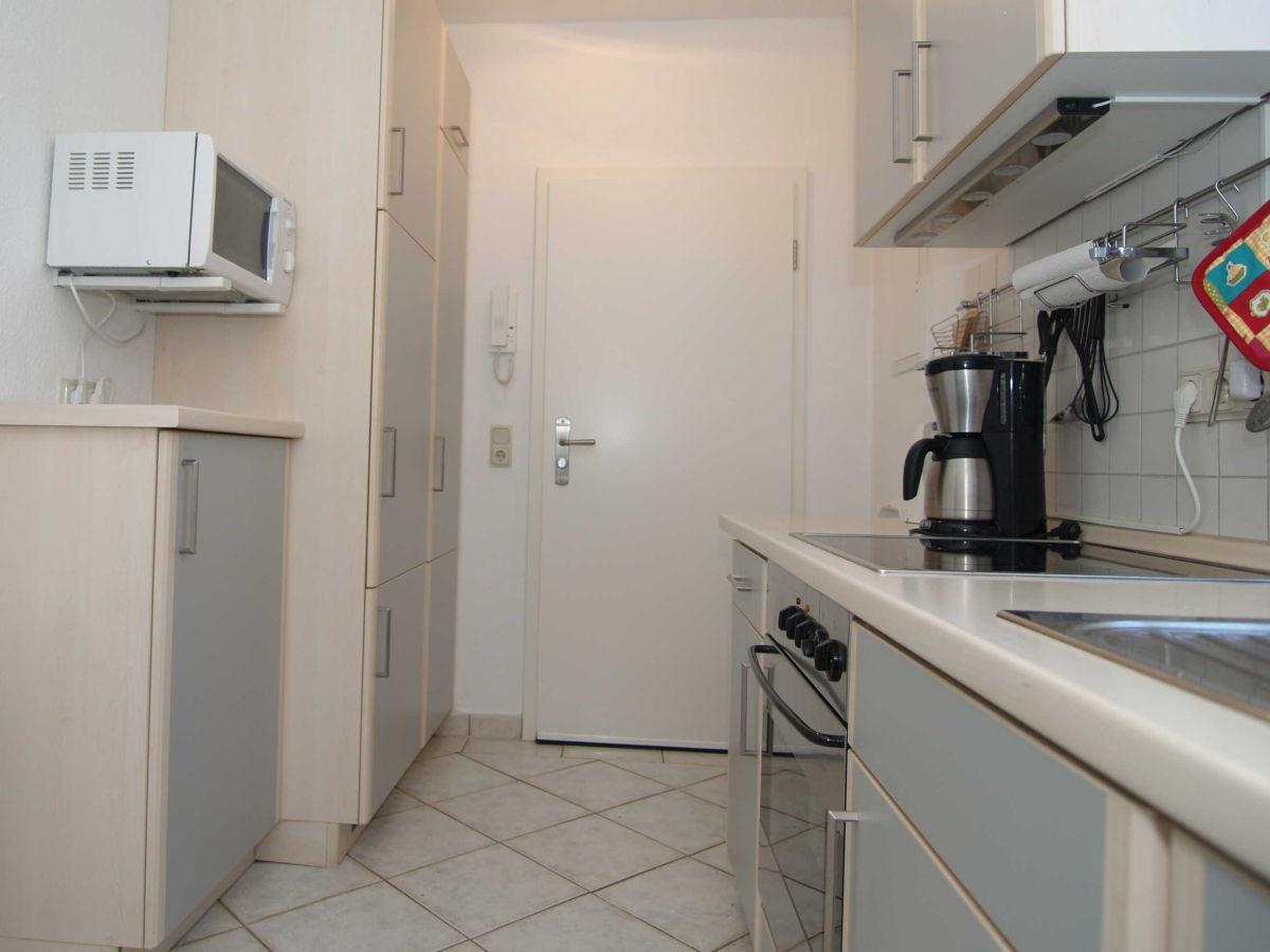 Die Küchenzeile ~ ferienwohnung 2 in der doberaner str 32a, ostsee