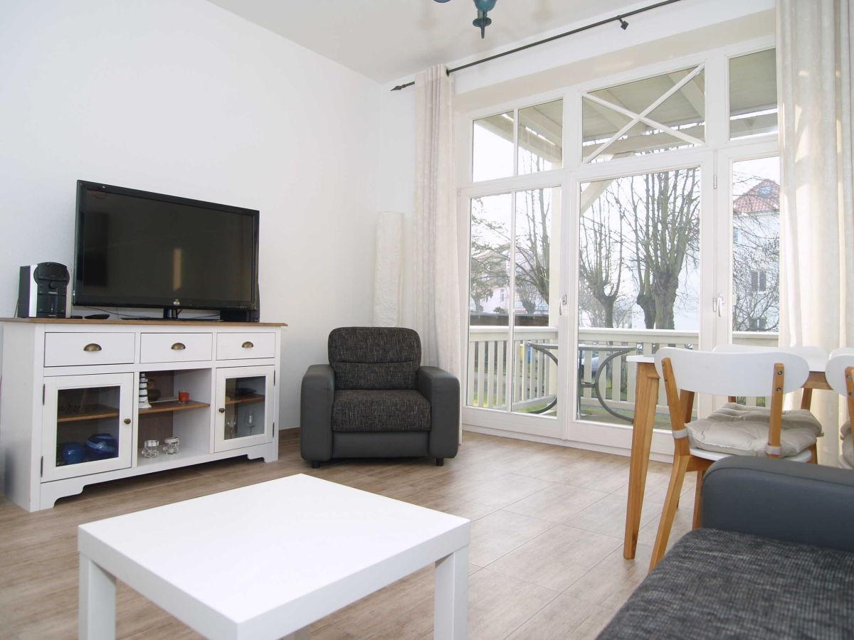 ferienwohnung b 02 barbarossa ostsee k hlungsborn ost firma zimmer am meer herr reiner kukeit. Black Bedroom Furniture Sets. Home Design Ideas