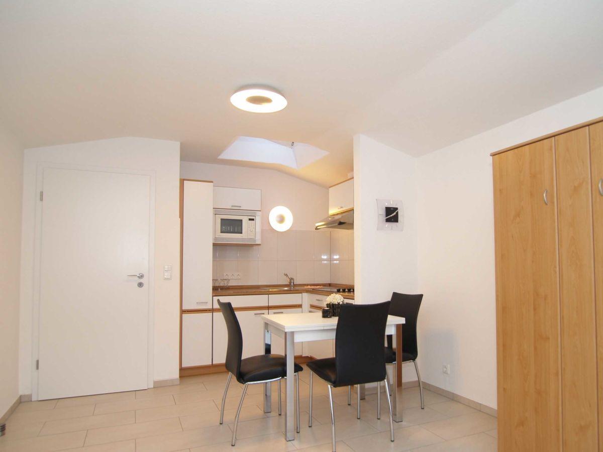 ferienhaus strandgut k hlungsborn west firma zimmer am meer herr reiner kukeit. Black Bedroom Furniture Sets. Home Design Ideas