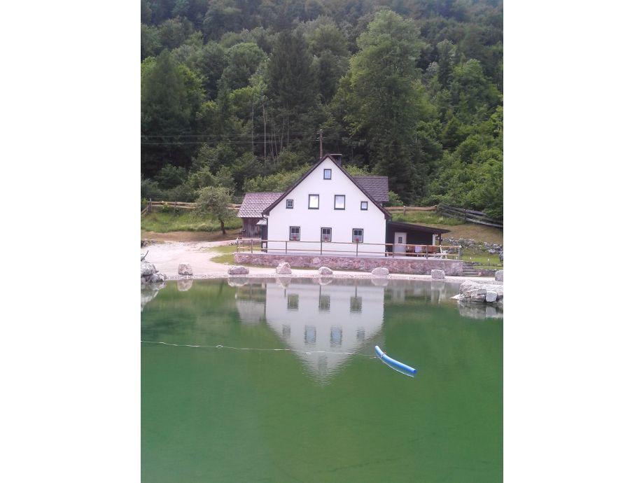Ferienhaus mit eigenem Naturteich