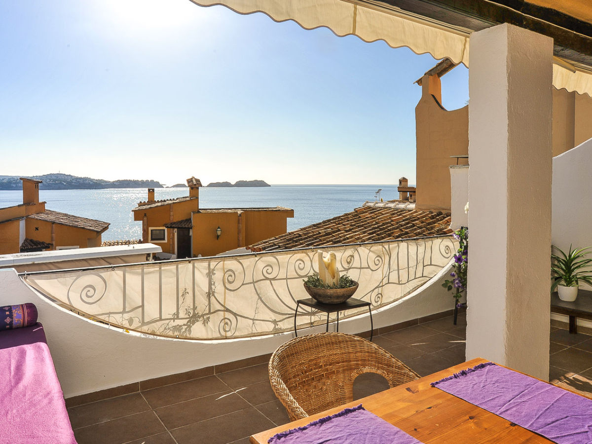 ferienwohnung 22 qm terrasse meerblick id 2629 mallorca s den paguera cala fornells firma. Black Bedroom Furniture Sets. Home Design Ideas