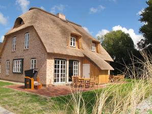 Ferienhaus Strohhütte