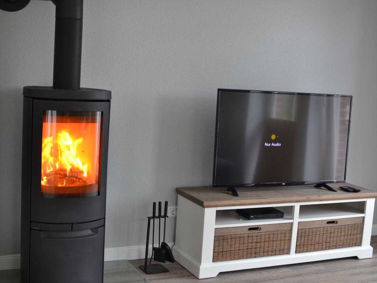 ferienwohnung grachtenflair greetsiel an der ostfriesischen nordseek ste firma pro urlaub. Black Bedroom Furniture Sets. Home Design Ideas