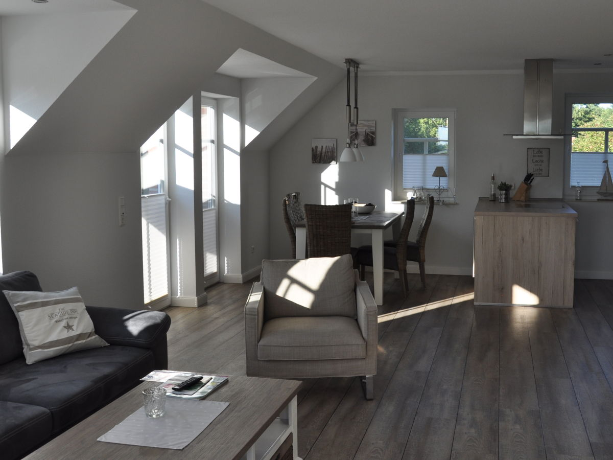 Ferienwohnung grachtenflair greetsiel an der for 8 qm wohnzimmer