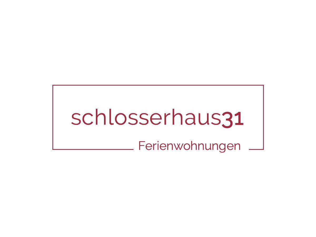 Ferienwohnung 1911 oma luisa Schlosserhaus 31, Tisens, Frau ...