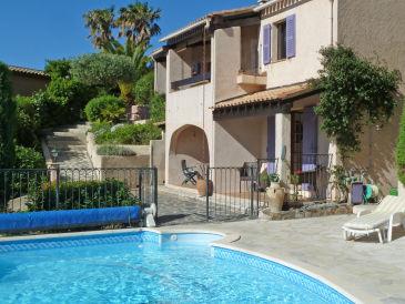Villa Pierrugues mit traumhaftem Meerblick