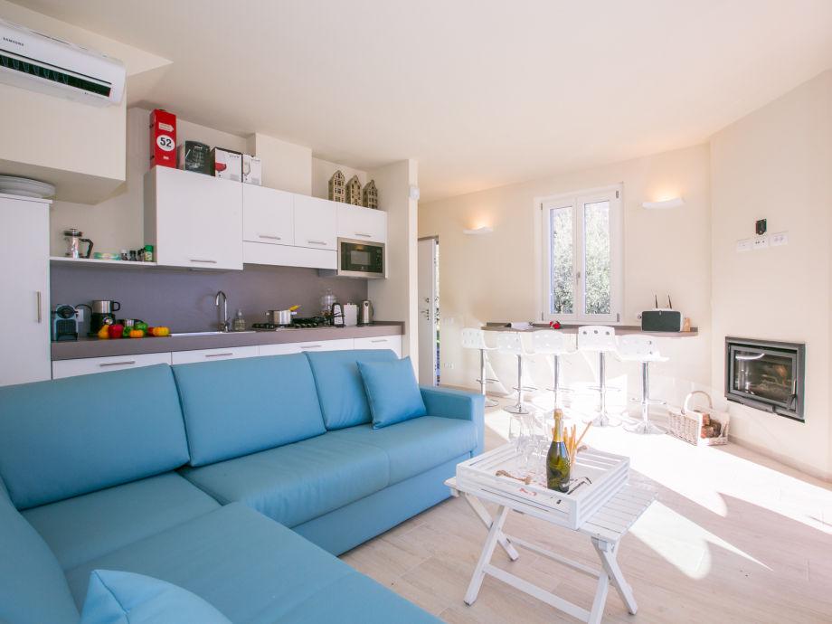 apartment casa di como 1765 comer see mezzegra firma. Black Bedroom Furniture Sets. Home Design Ideas