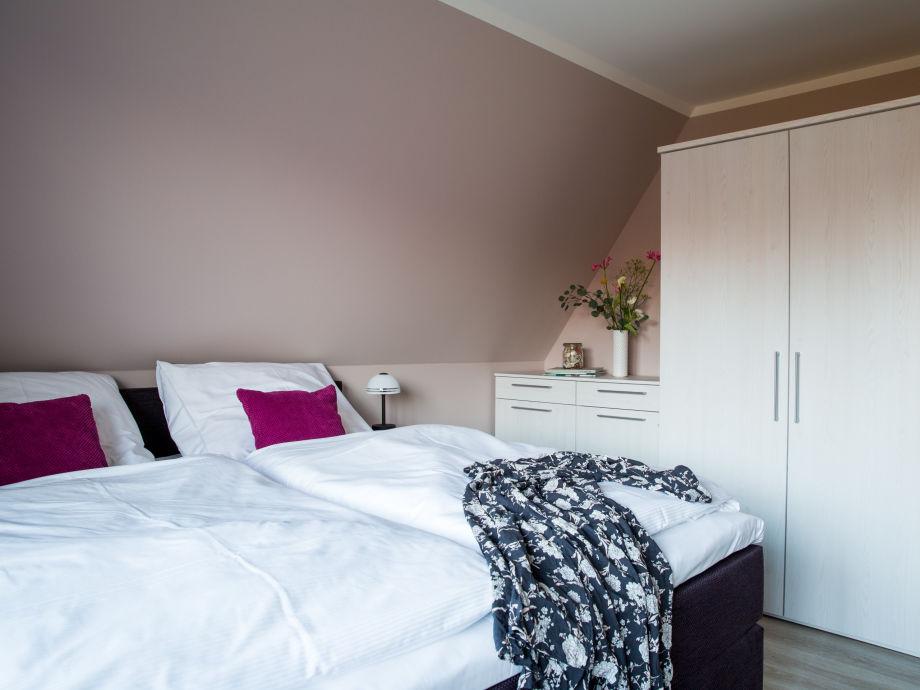 ferienhaus seeschwalbe 5 ostsee fischland dar zingst firma relamare gmbh frau cornelia. Black Bedroom Furniture Sets. Home Design Ideas