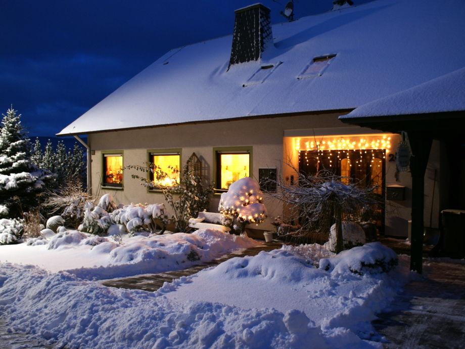 Winterbild von unserem schönen Haus