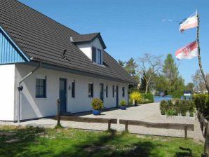 """Ferienhaus """"Boddenfisch"""" in Wieck a. Darß"""
