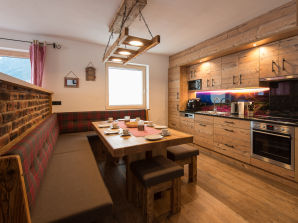 Holiday apartment Apartment Alpen Chalet